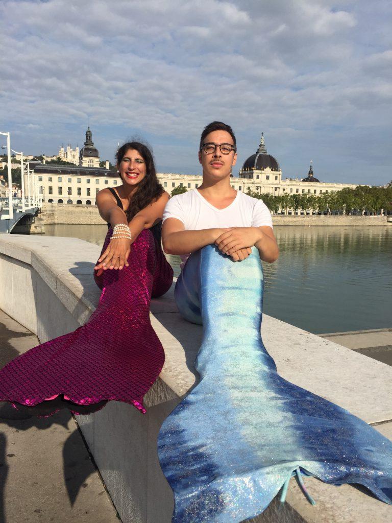 Sirène et triton devant le Grand Hotel Dieu